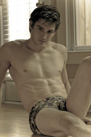 Ryan Sandefur | J Cassoni