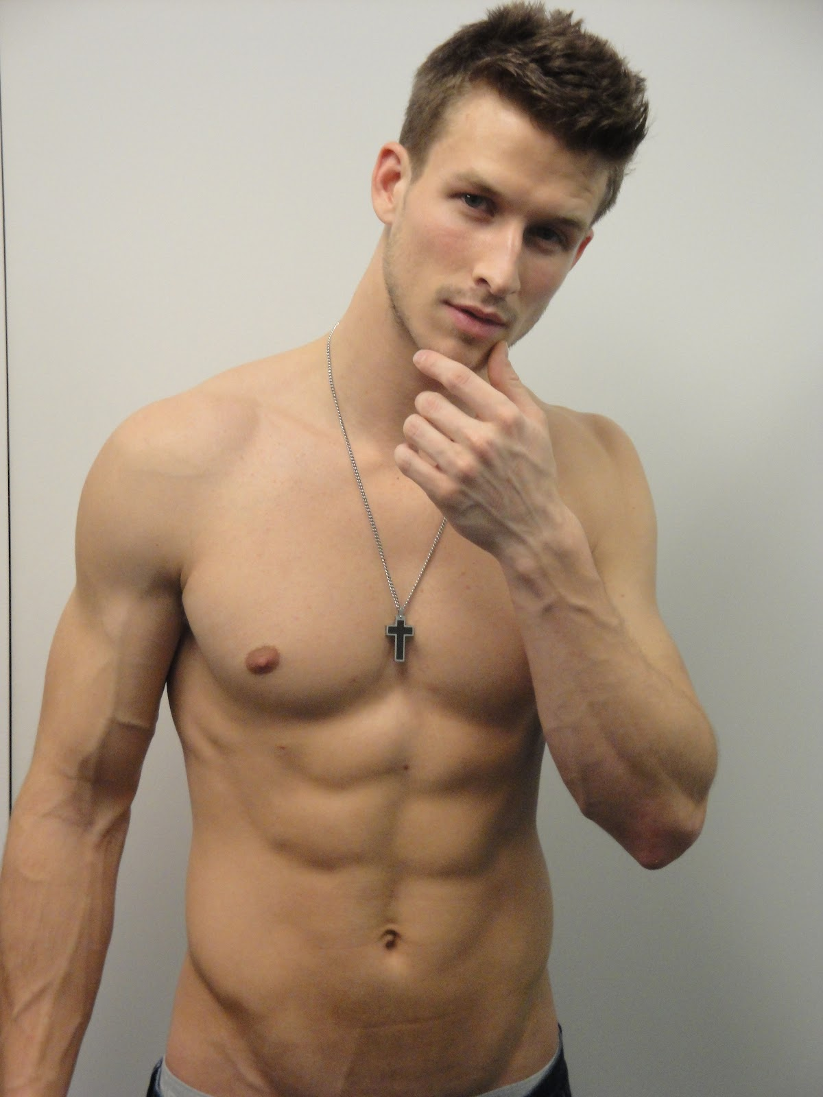 Man of week 7 belated adam huber the soyez vous m me blog for Hot images blog