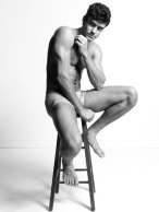 Caio Cesar | Idris + Tony